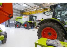 Den nya verkstaden är 900 kvadrameter stor inklusive tvätthall och smedja.