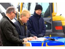 Avtal med Roth Fastigheter AB och JR Byggnads AB