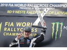 Precis ett år efter att ha krönts till världsmästare, dominerade Johan World RX i Lettland igen.