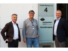 Fra venstre: Erik Mikalsen, administrerende direktør i Canon Norge, Lars Thorvaldsen, konstituert leder av Sentral print og Svein Moe Ihler,  markedssjef for Commercial Print i Canon Norge