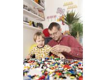 Professor Hans Rosling med barnbarnet Max