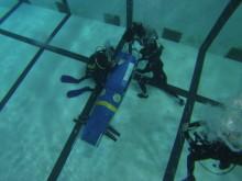 KTH:s muskeldrivna ubåt är tyst och snabb.