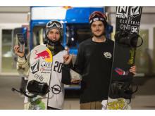 Marcus Kleveland og Torgeir Bergrem fornøyde med pallplassering i Air+Style. Foto: Process Films/Snowboardforbundet