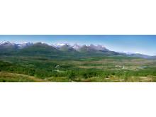 VHSS sin beliggenhet ved foten av Sjunkhatten nasjonalpark