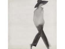 WalkingSilhouette(Yohji Yamamoto)_1998_Akvarell_©MatsGustafson