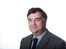 High res image - Cox Powertrain - CEO Tim Routsis