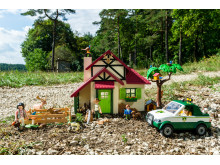 PLAYMOBIL Forsthaus: Tierisches Spielvergnügen für kleine Förster