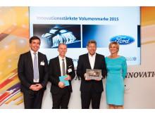 """Ford kåret til """"Mest innovative volummerke i 2015"""". Focus ble klassevinne"""