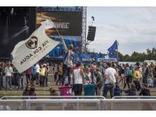 Viva con Agua auf dem Southside Festival 2015 - mit Werbung für's Highfield