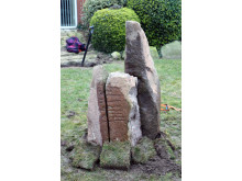 Ydby-runestenen midlertidig genrejst