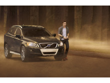 In The Twilight Saga: New Moon, Edward Cullen drives a 2010 Volvo XC60, with City Safety.
