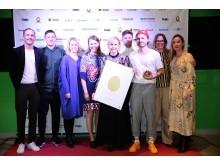 Glada vinnare från GöteborgsOperan och Happy F & B på Guldäggsgalan
