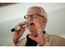 """""""Sex av tio patienter med Alzheimers sjukdom förvägras sjukdomslindrande behandling"""", säger Krister Westerlund"""