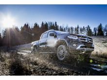 Mercedes_X-Klass_2017-11-1300004