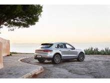 3_Porsche Macan S