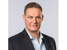 Scott Kelly, Chief Operating Officer