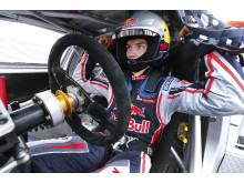 Timmy Hansen förbereder sig i striden om topp-tre- platserna i Finland