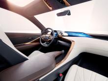 Lexus LF-1 Limitless - Interiören kännetecknas av det japanska begreppet Ometanashi (gästfrihet).