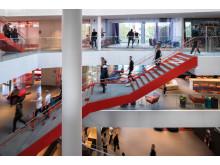 3Huset, öppet mellan våningsplan för ökad öppenhet och samarbete
