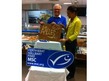 Carl Ameln (Kalle) och Minna Epps, MSC under lanseringen av MSC-märkt Kalles Kaviar