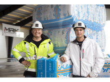 Marcus Lindstein og Roger Kerttu arbejder kun med Knauf Insulation, når det kommer til isolering. – Vi har et indarbejdet samarbejde og er tilfredse med produkterne.