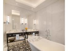 Bathroom Courtyard Suite - Raffles Singapore