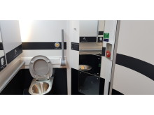 323 accessible toilet 1