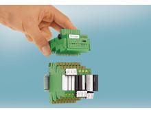 Kontrol- og koblingsfunktioner i et meget kompakt produkt