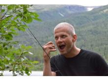 Med fiskestanga tatt av Funkibator AS v Tatjana Breda-Gulbrandsen