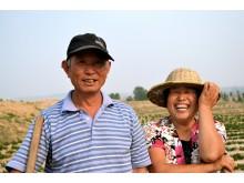 Wang Quan Xin och Shi Zhizh, jordnötsbönder i Kina