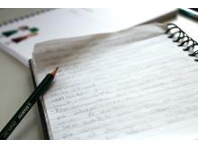 Skrive med blyant og ark er bedre for hodet ditt