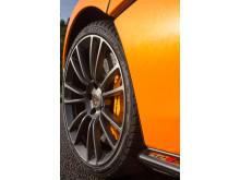 McLaren Pirelli MC Sottozero 3_7