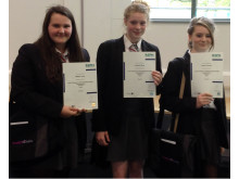 Health Chatters receive their certificates
