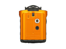 Ricoh WG-M2. orange undersida