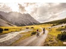 Mountainbiken auf dem Hochmoor La Stretta im Val Müstair in Graubünden