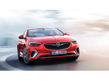 Opel-Insignia-GSi-306366