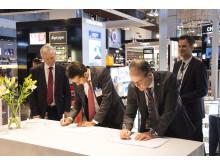 Signering  av nytt taxfree-avtal på Arlanda