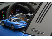 Geschärftes Heckdesign: Der Porsche 911 Targa 4S von PLAYMOBIL