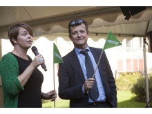 Kommunstyrelsens ordförande Katrin Stjernfeldt Jammeh och MKB Fastighets AB:s VD Terje Johansson invigningstala