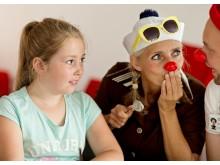 Hospitalsklovnen Petunia og Boing besøger børn og unge med psykiske sygdomme