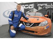 Nissan kliver in i STCC med Flash Engineering