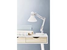 Bordlampe ERNST hvid miljø (149,-)