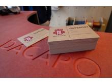 Alt fra butikkdisk til gavekort er designet av reklamebyrået Texas og produsert hos PS Press
