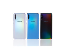 Galaxy A70_whtblueblk_back