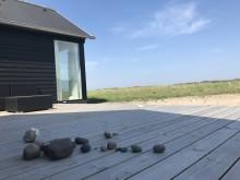 MØNHUSET_gårdhus ved kysten
