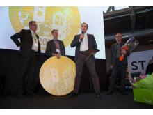 Mårten Hellberg, Organo Woods mottar materialmedaljen