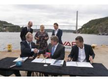 High res image - Kongsberg Maritime - Vard signing