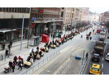 Barnvagnsmarschen 2012 det långa tåget