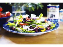 Fontanas grekiska sallad med fetaost och kalamataoliver