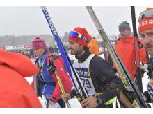 Prins Carl Philip på väg till start i det 95:e Vasaloppet